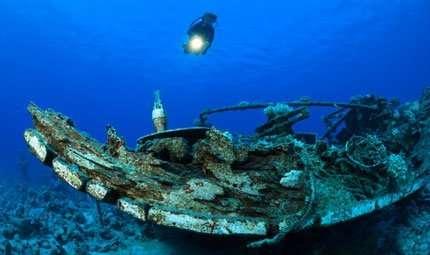 Relitti e navi sommerse: ecco le guide