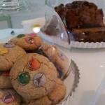 pan de platano y galletas con lacasitos