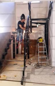 Металлический каркас лестницы на второй этаж