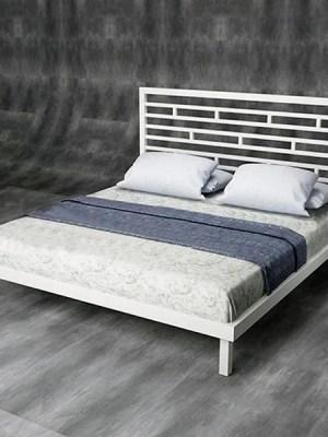 - Кровати из металла