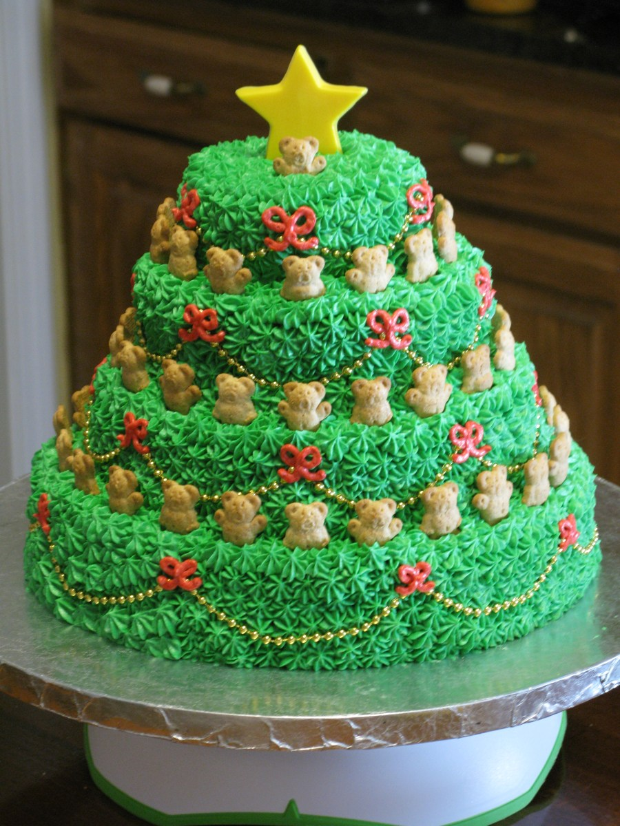 Singing Christmas Tree Cake