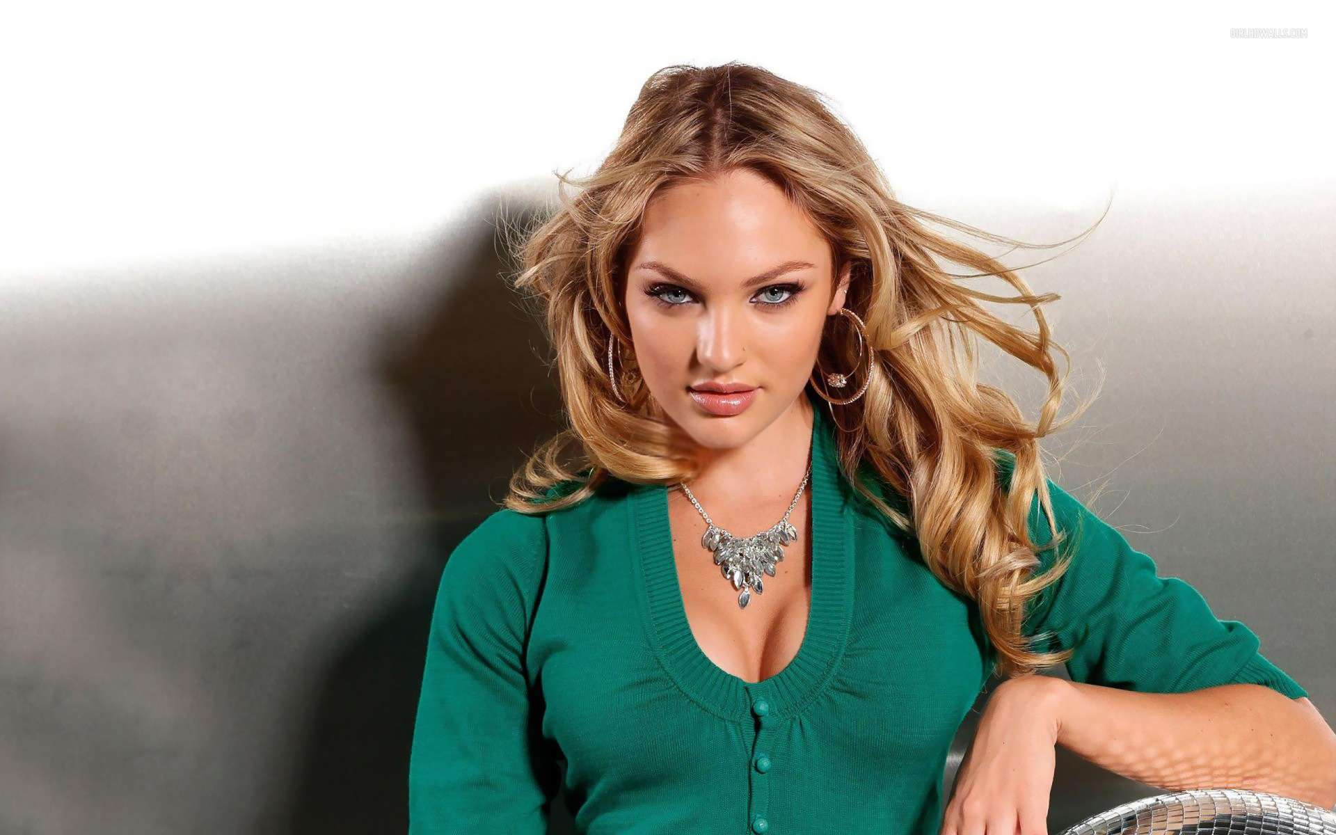 Nice Indian Girl Wallpaper Candice Swanepoel 33 Wallpapers Hd Wallpapers
