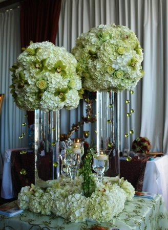 DIY Wedding Centerpieces - Cylinder