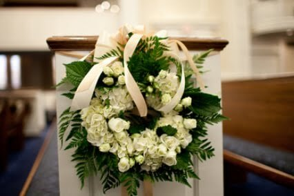 Floral Wreath Pew Marker for Wedding