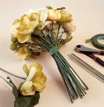 Make a Bridal Bouquet - DIY Step 1