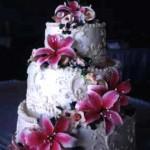 White Wedding Cakes – Star Gazer Lilies