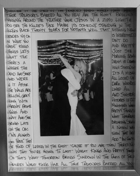 Sentimental Wedding Keepsake Idea - First Dance Lyrics on Photo Frame