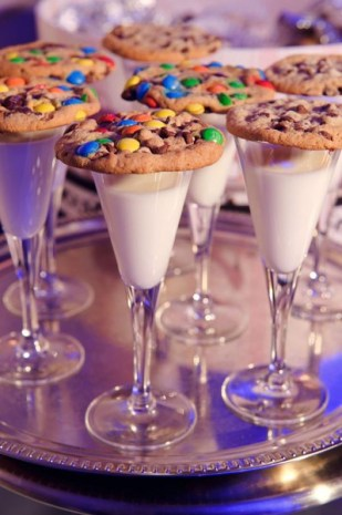 Wedding Ideas for Kids - Milk in Chamagne glasses during toasts