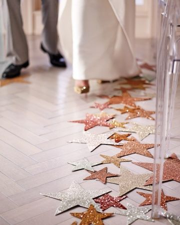 DIY wedding aisle decorations - glitter stars