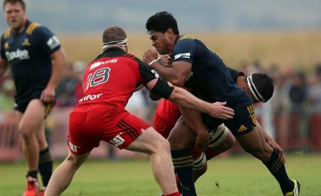 Malakai Fekitoa on the attack for the Highlanders