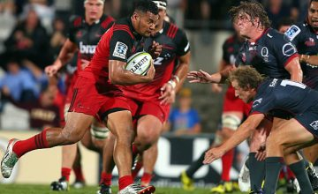 Sione Fifita on the run for the Crusaders