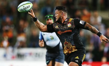 Hika Elliott has been included in the Chiefs squad