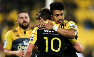 Ardie Savea congratulates Beauden Barrett (L)