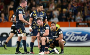 Highlander players show their dejection after their loss during the round two Super Rugby match between the Highlanders and the Crusader