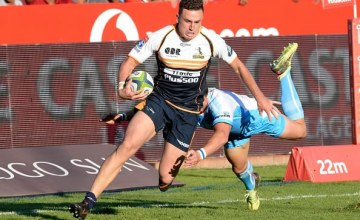 Ivan van Zyl of the Bulls miss tackles Tom Banks of the Brumbies during the Super Rugby match between Bulls and Brumbies