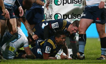 Waisake Naholo crashes over for his 45th Super Rugby try as Highlanders wallop woeful Waratahs at Rugby Park, Invercargill