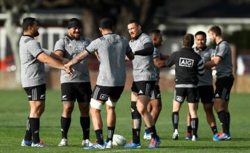Atu Moli, Ofa Tuungafasi and Sonny Bill Williams take part in a game during the New Zealand All Blacks training session