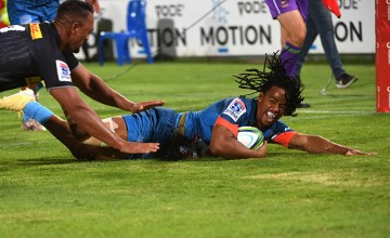 Stedman Gans scores against the Stormers