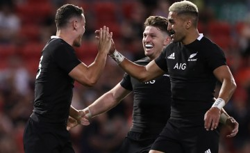 New Zealand celebrate victory over Argentina