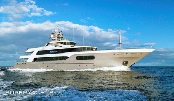 My Seanna Charter Delta Marine Motor Yacht