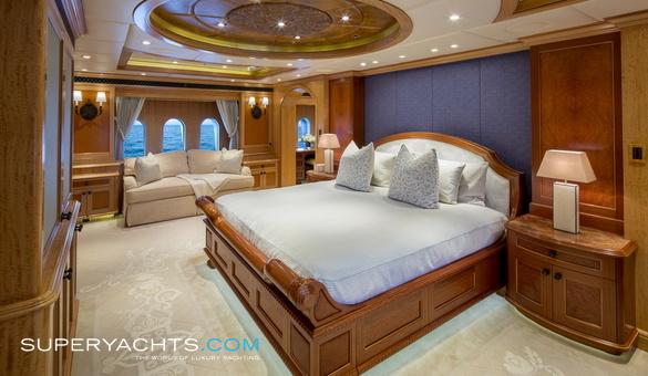 Unbridled Trinity Yachts Motor Yacht