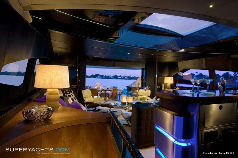 Carcharias Photos Pershing Motor Yacht