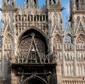 Dcouvrez limmeuble Place des carmes  Rouen en SeineMaritime ligible en loi Malraux  SupInvest