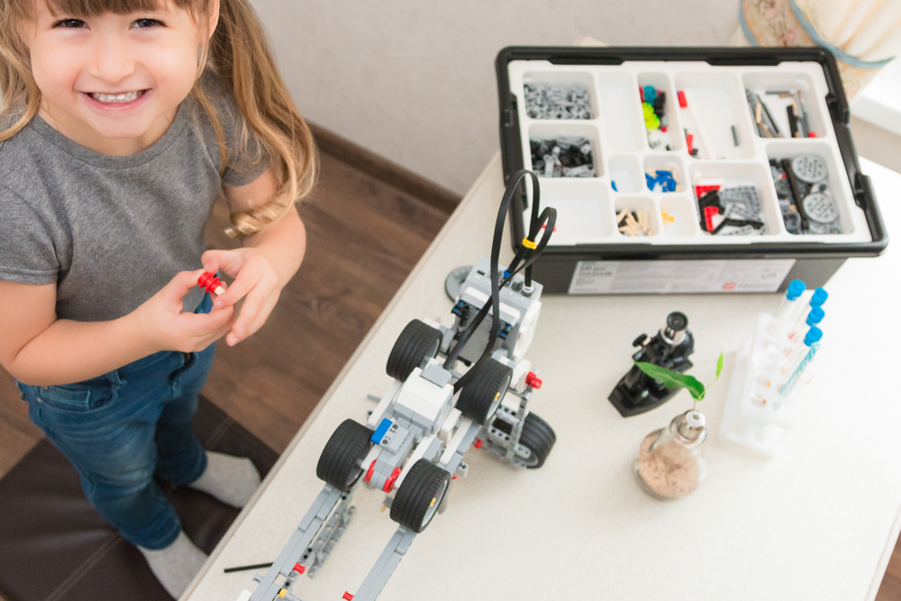 Lego Introduces Spike Prime Programmable Robotics Kit