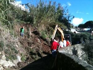 Volontari al lavoro in Salita Ascherio