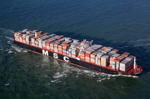 La-MSC-Oscar-la-più-grande-nave-portacontenitori-del-mondo