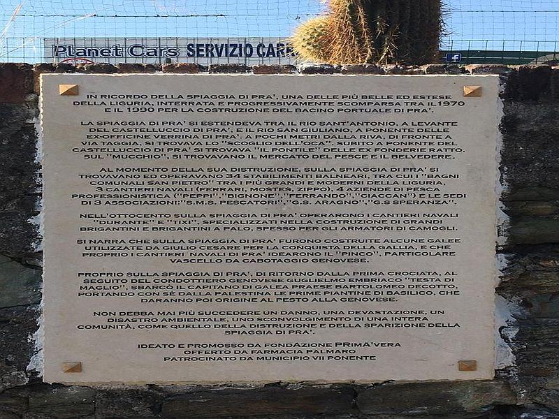 Targa commemorativa spiaggia di Pra' c
