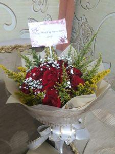 hand bouquet wedding surabaya