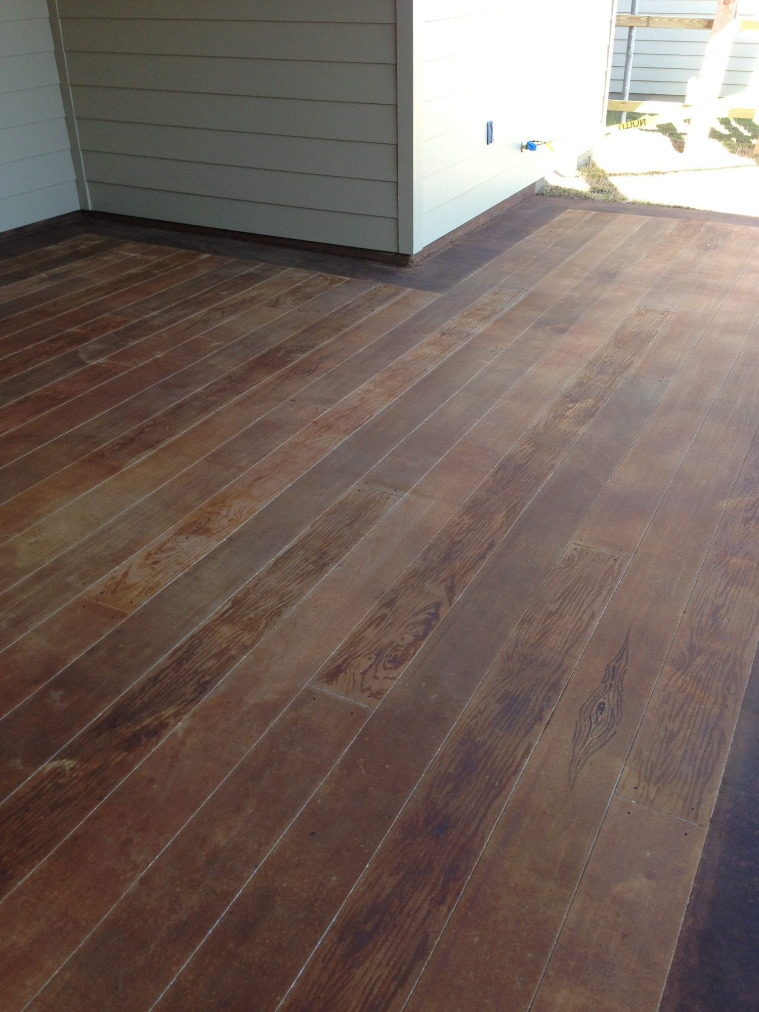wood planks for outdoor concrete patio