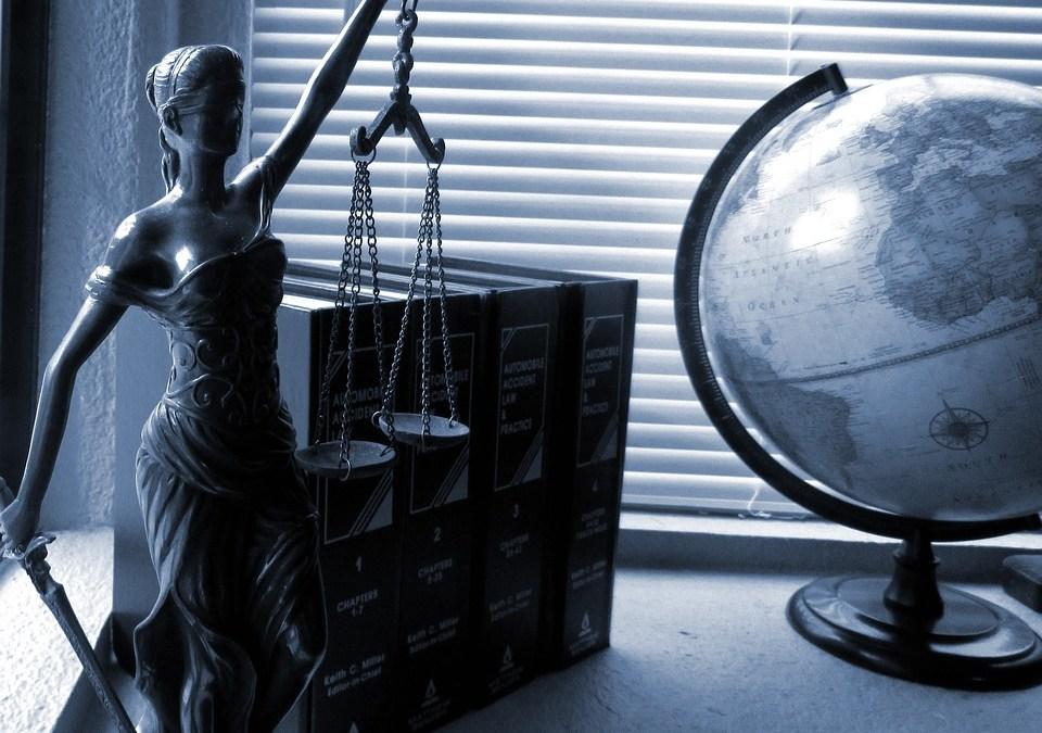 Autónomos: seguro de protección jurídica de familia