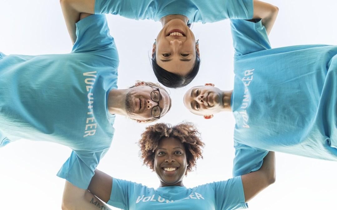 Cómo atraer voluntarios para tu ONG