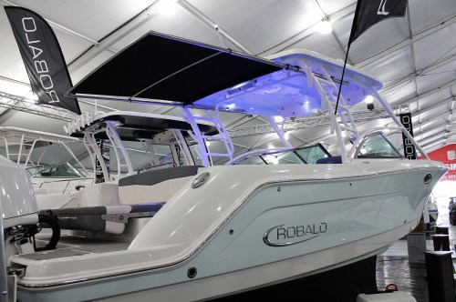 small resolution of robalo r317 dual console