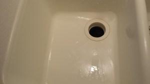 glacier white sink, glacier white corian sink, repair, sink repair, kitchen sink repairs, cracked kitchen sink, sink repair on corian, corian sink repair, surface link, cracked sink, cracked sink repair, sink repairs, bathroom sink repairs, renovation, home improvement