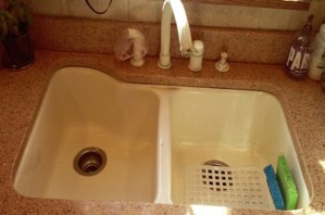 surface link, kitchen upgrades, home improvement,solid surface sink, outdated sink, cast iron sink,home, kitchen countertop, corian countertops,corian, stainless steel, sink replacement, sink upgrade, home remodel, kitchen, glacier white, stainless steel, corian replacement, sink, sink stain, outdated sink, old sink