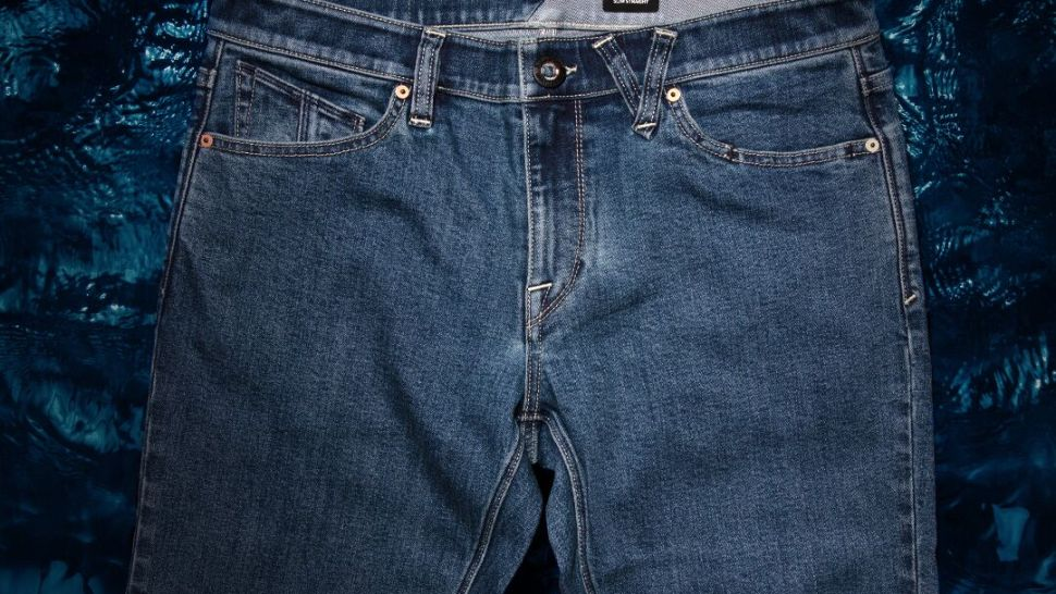"""Volcom Gets """"Water Aware"""" with the Introduction of New, Water- Saving Denim"""
