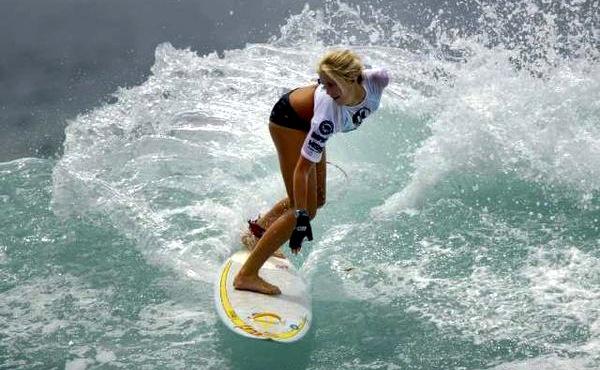 Bethany Hamolton Surfing