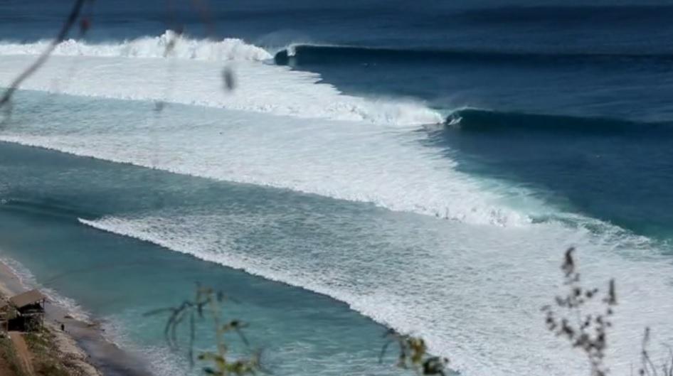 Video Desert Point Indonesia With Kalani Chapman Ezra Sitt