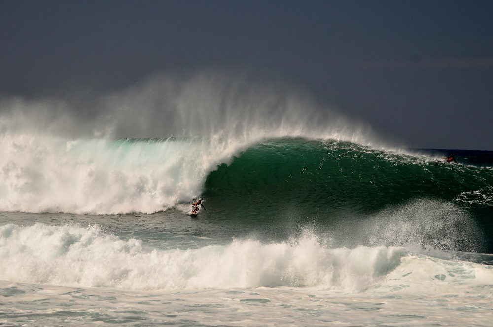 Photos – Throw Back Thursday at Pipeline 12-30-12