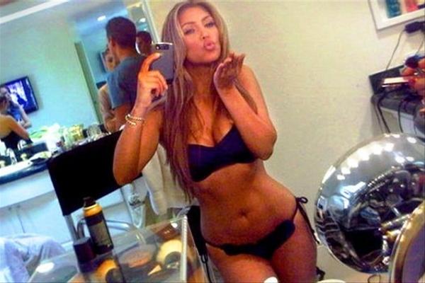 De 50 mooiste vrouwen op Twitter  Surfplaza Magazine