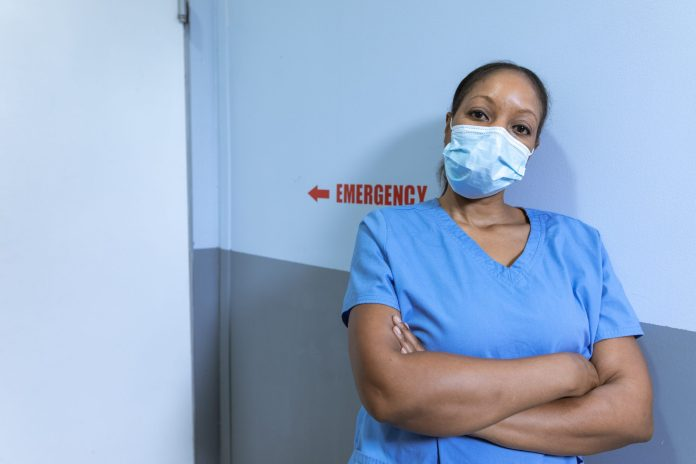 How Often Do Surgeons Change Masks?