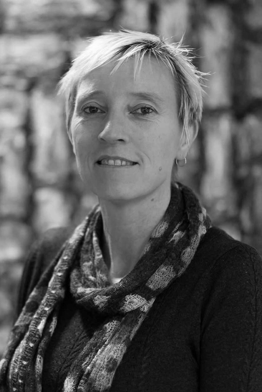 Prof Caroline Wilkinson (PhD, Mphil)