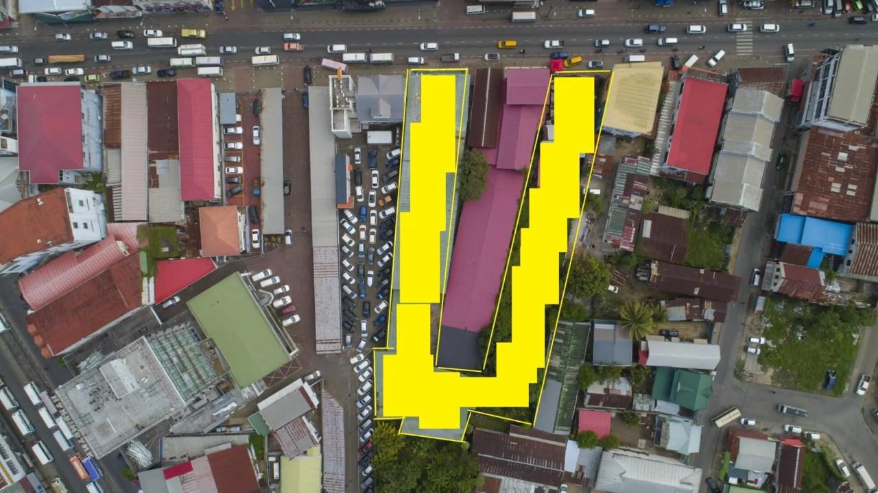 Saramaccastraat 22 & 28 - Zakenpand gelegen op een A1-locatie, hartje Paramaribo - Surgoed Makelaardij NV - Paramaribo, Suriname