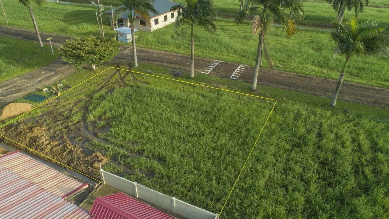 Palm Grove 130 - Gated community, hoekkavel met eigendomstitel - Surgoed Makelaardij NV - Paramaribo, Suriname