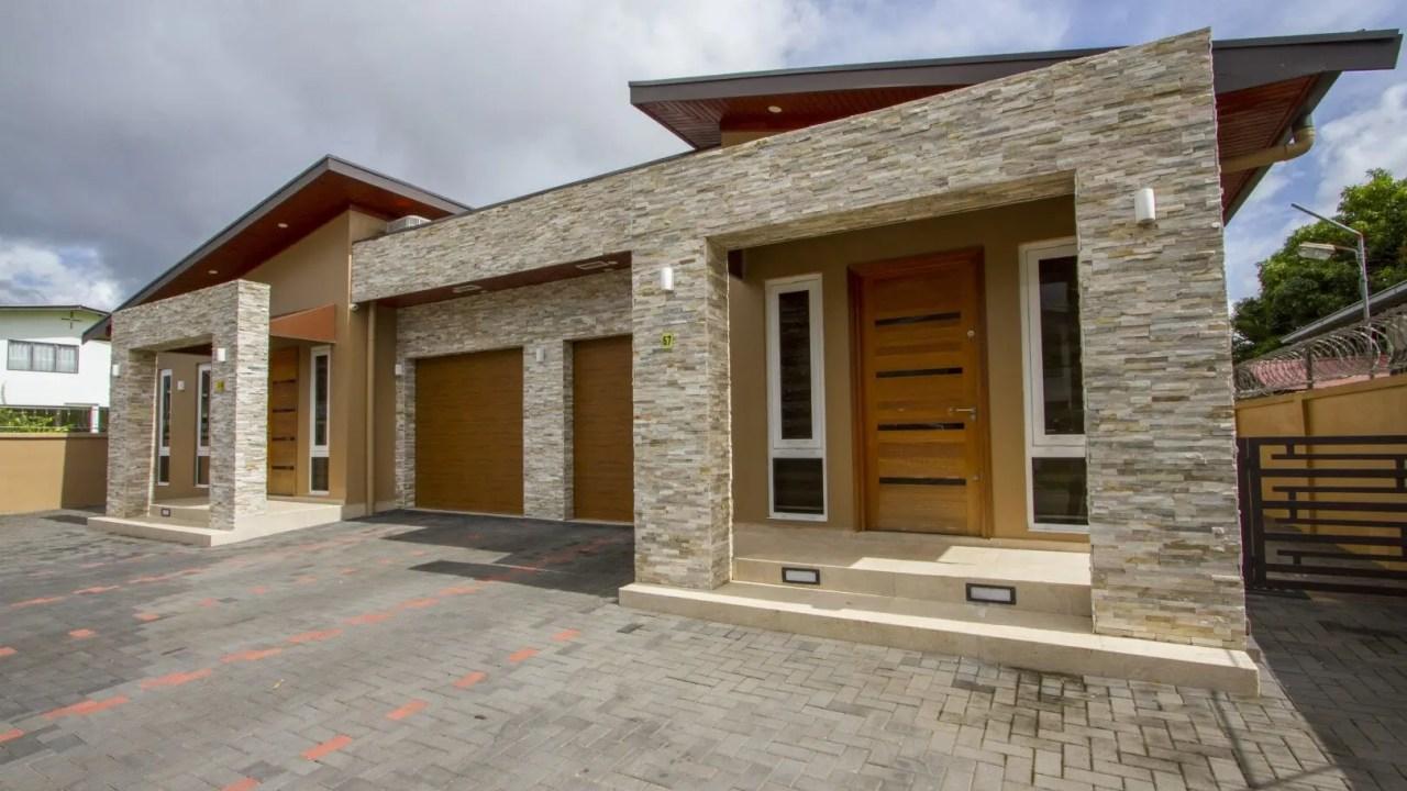 Goudstraat 67 & 67a - 2 Luxe woningen aan de Goudstraat - Surgoed Makelaardij NV - Paramaribo, Suriname