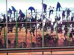 Hasil gambar untuk melilla migrants violence