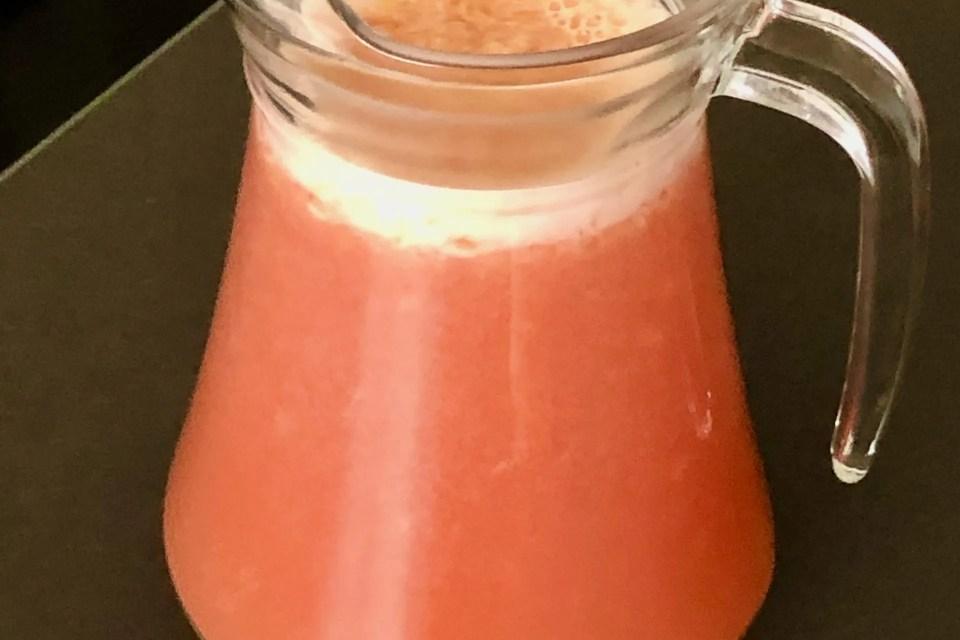 festive fruitjuice for breakfast